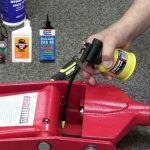 Best hydraulic jack oil for your car – 2019 Review