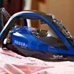 Features of steam iron